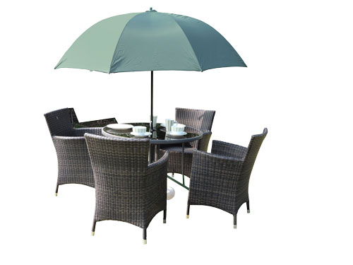 Make the most of the sun with one of our garden parasols