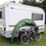 caravan with holidayhood and bikes