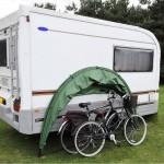 caravan with holidayhood and bikes